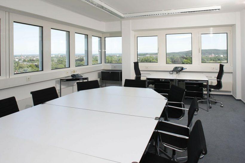 nowoczesny stół konferencyjny